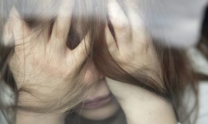 deprimerad flicka